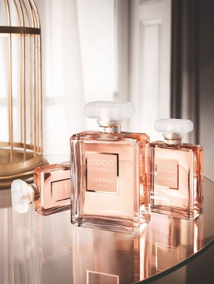 Coco Mademoiselle by Chanel (photo Thomas Legrand)