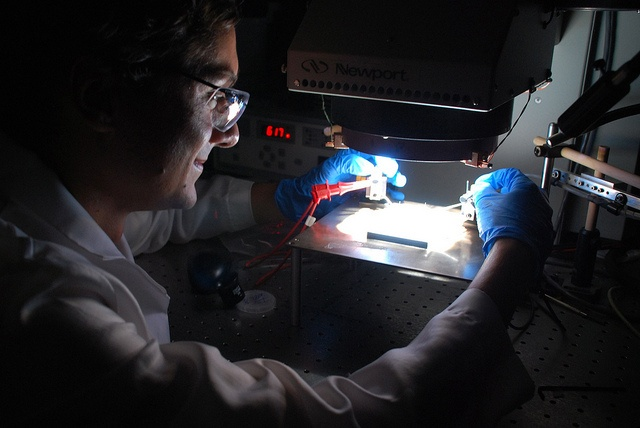 Where you should find bargain solar cells as well as tips about how you can make your very own solar cells from your home.  http://netzeroguide.com/cheap-solar-cells.html IBM Increases Solar Cell...