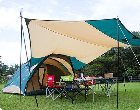 テントとタープを連結している写真