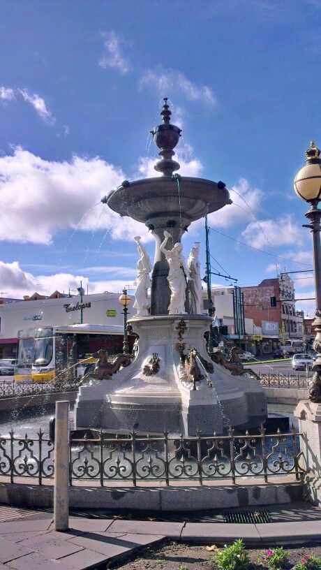 """April 18: one of Bendigo's """"landmarks"""", the fountain is in the middle of the Charing Cross intersection, which is really the main intersection of Bendigo. Many directions are given in Bendigo beginning with this structure as a locator: """"so, once you get to the fountain, from there you..."""""""