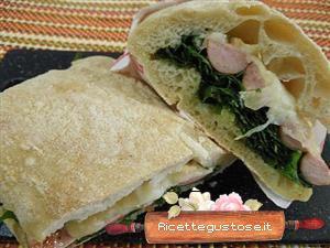panino rucola wurstel pecorino