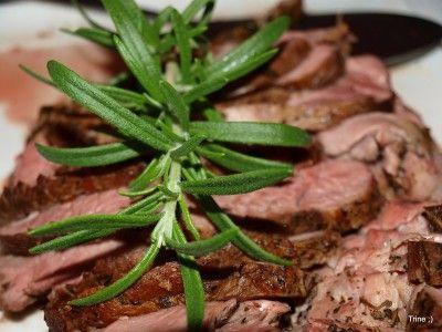 » Lammestek med ovnsbakte grønnsaker, potetpurè og rødvinssjy