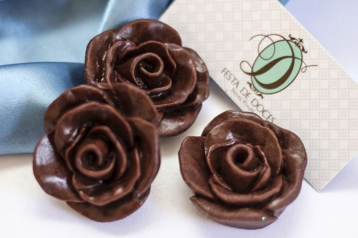 Doces Finos: Rosa de Chocolate