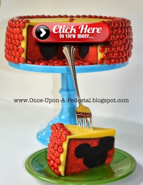 Oh wow! Wait until you see the surprise in this cake – Birthday stuff