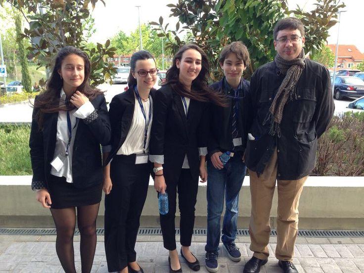 Gran actuación en el Concurso de Debate Intercentros - Colegio Bilingüe Madrid | Liceo Sorolla c |
