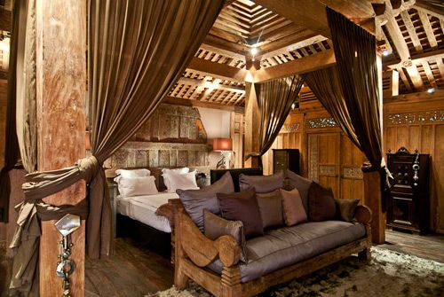 Awesome Javanese bedroom