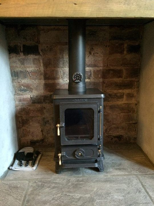 The Hobbit Woodburning Stove - the small stove for small places