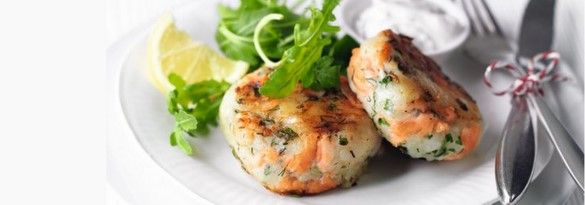 Smoked salmon and horseradish fishcakes
