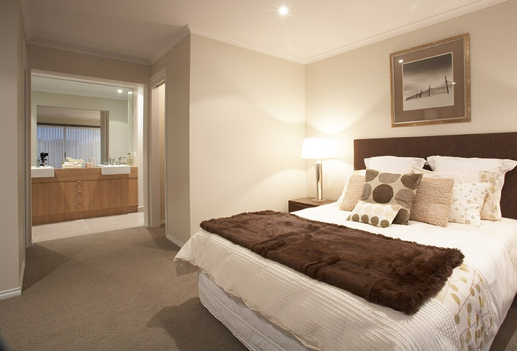 Master bedroom featuring walk in robe and ensuite from the for Bedroom ensuite designs