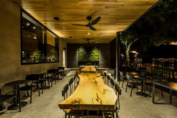 Among the elements of sustainable design at the new store at Walt Disney World Resort: 100 percent energy-efficient LED lighting; reclaimed oak, maple and other materials used throughout the store; community tables made from salvaged trees; a green roof consisting of hundreds of lemon grass plants.