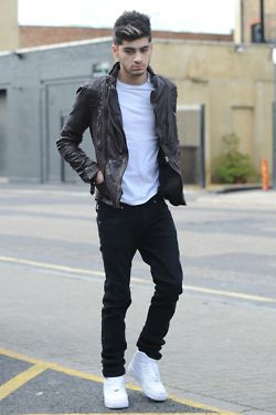 41 Best Images About Zayn Malik Outfits On Pinterest Crew Neck Sexy And Happy