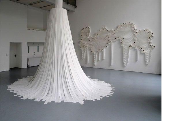 Draperie van toiletpapier