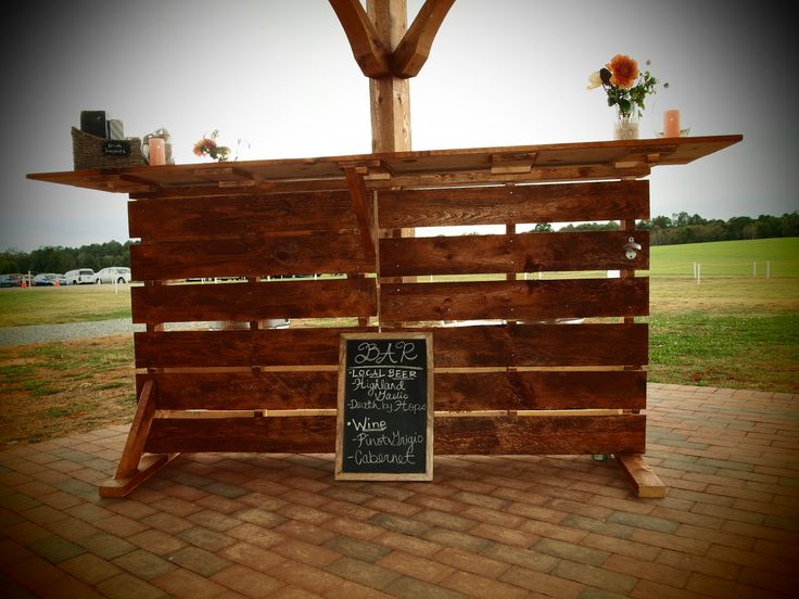 Handmade pallet bar @Rural Hill wedding www.myRHevent.com
