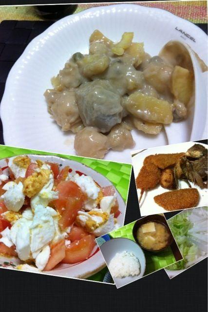 夕飯は頂き物や余り物+ イトログナ・プラとトマトの和え物(←コレご飯と一緒に食べると美味しいの!!!) デザートはギナタン・ビロビロ…南国風の お汁粉って感じかな(≧∇≦) - 2件のもぐもぐ - Ginataang Bilo Bilo 【里芋、さつまいも、バナナ、ジャックフルーツ、タピオカ、白玉 等をココナッツミルクで甘く煮込んだフィリピンの温かいスイーツ】 itlog na pula【フィリピンの塩卵】 by マニラ男