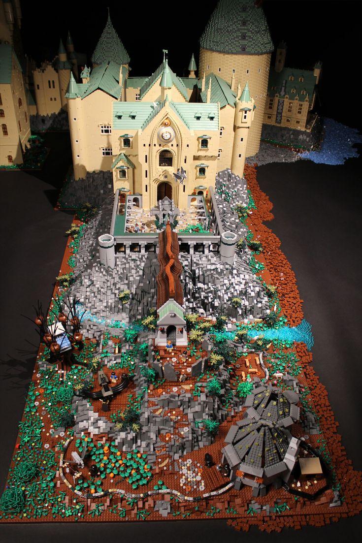 Una ragazza ha ricreato Hogwarts interamente con i Lego | Crazy for Tv Series