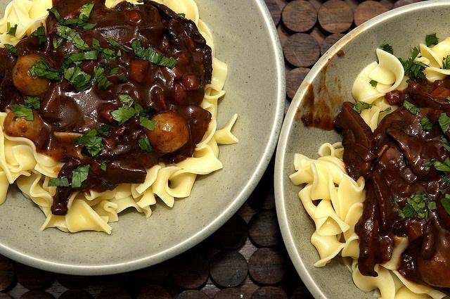 Mushroom Bourguignon | Not dessert. Dinner, Apps and snacks. | Pinte ...