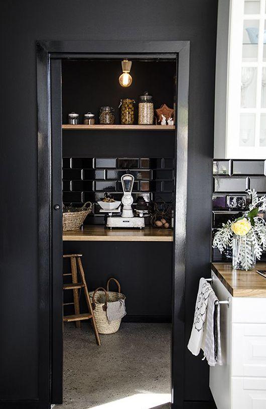 black #pantry