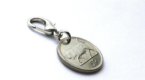 Irish Charm Zipper Charm Bull Cow Animal Charm Coin Charm