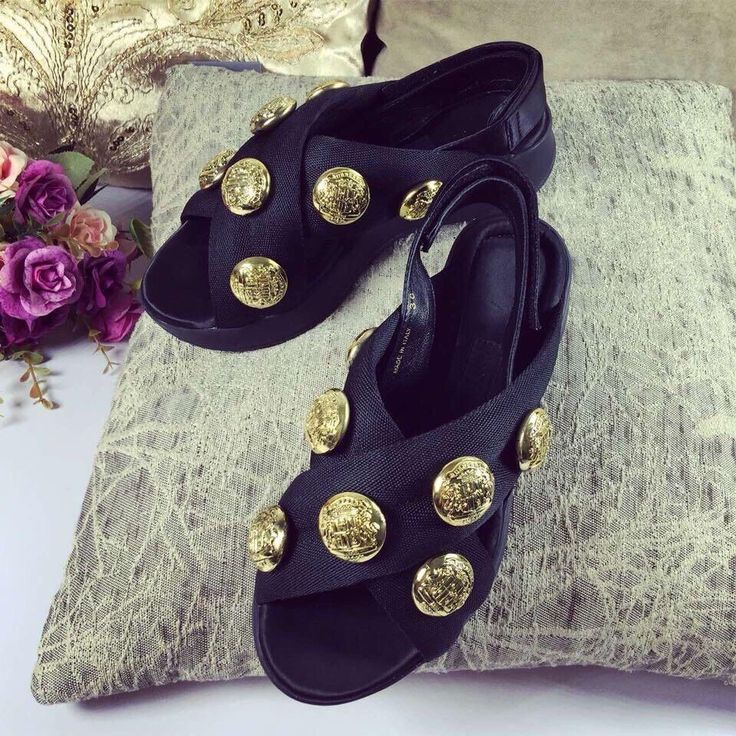 68.00$  Buy here - http://aliiom.worldwells.pw/go.php?t=32765391067 - Tenis Feminino Promotion Women Open Melissa 2016 Summer Hot Golden Badge Fish Mouth Sandals Cross Woman With Thick Wedge Bottom