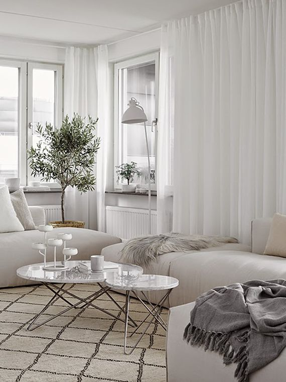 Cozy scandinavian apartment | Design by Moodhouse, styling by Marie Ramse photos by Kristofer Johnsson via Hitta Hem.