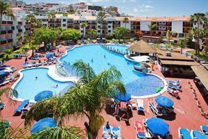 Spanje Tenerife Puerto Santiago  Het hotel is gelegen in Puerto Santiago het strand Playa La Arena ligt op ongeveer 1km afstand en Los Gigantes is ongeveer 2km entfernt.In in de buurt er is een bushalte en een winkelcentrum...  EUR 313.00  Meer informatie  #vakantie http://vakantienaar.eu - http://facebook.com/vakantienaar.eu - https://start.me/p/VRobeo/vakantie-pagina