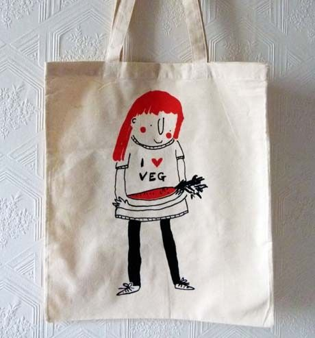 Edinburgh Designer, Emily MacKenzie, Creates Witty 'Carrot Top' Inspired #totebag