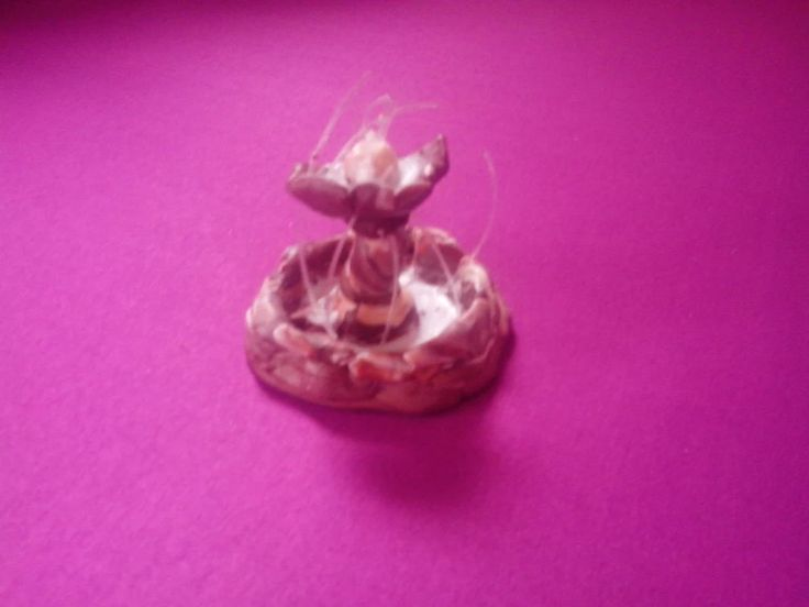The little Fountain created by polymer clay and guitar strings! <3