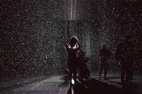 Seni Instalasi Hujan