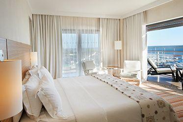 Para amanhecer junto à Ria Formosa dispomos de 144 quartos, Spa, Piscina exterior e interior, Piscina para crianças. Restaurante.