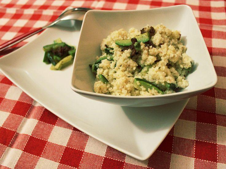 Scopri un Piatto unico naturalmente senza glutine veloce da preparare,il miglio con acciughe e zucchine che può essere un primo o un secondo piatto sfizioso