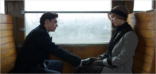 Une Promesse : Photo Rebecca Hall, Richard Madden - AlloCiné