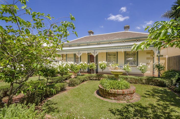 Rich period allure and contemporary enhancing combine for a wonderful family home. 57 Verdon Street, Williamstown.