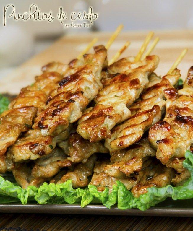 """( ^o^ )  Pinchitos de cerdo - Ya estoy aquí con una nueva receta de la cocina tailandesa, """"Pinchitos de cerdo"""" estilo thai ó """"Moo-ping"""" ("""