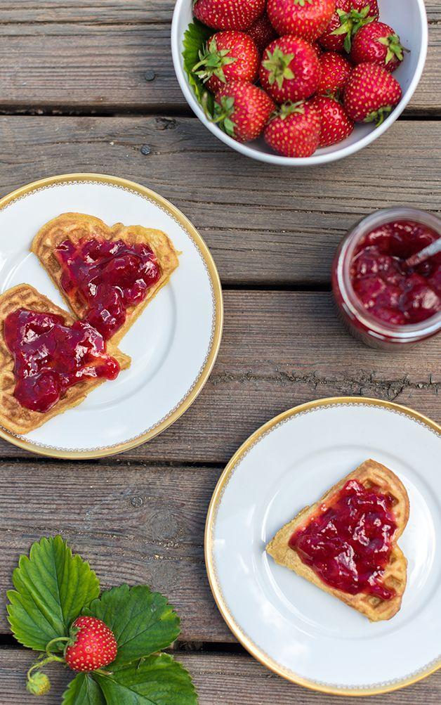 Jordbær + vafler = sant http://www.melkefrimat.no/
