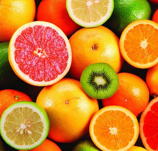 О витаминах:   А-морковь, цитрусовые, сливочное масло, сыр, яйца.  D-молоко, яйца, печень трески, жирные сорта рыбы.  Е-кукурузное, подсолнечное, оливковое масла; горох.  К-зеленые лиственные овощи, шпинат, брюссельская, белокочанная и цветная капуста, крупы из цельного зерна.  В1-свинина, овес, орехи (фундук).  В2-отруби пшеницы, соевые бобы, капуста брокколи печень, яичный желток, сыр.  РР-зеленые овощи, орехи, крупы из цельного зерна, дрожжи, мясо, в том числе куриное, печень, рыба…