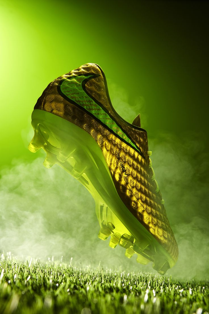 #commercial #photography #shoes #football #soccer #smoke #dynamic #nike #hypervenom #green #grass