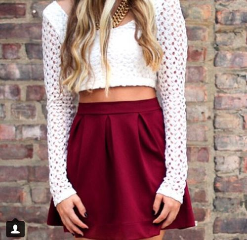 Skater skirt + cropped top   tumblr   My Style   Pinterest   Skirts Cropped tops and Skater skirts