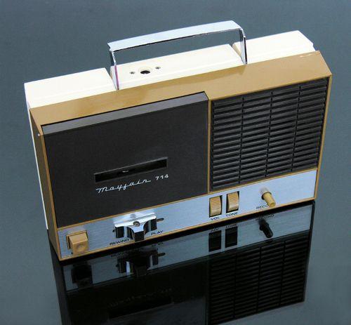 Mayfair 714 Cassette Recorder - www.remix-numerisation.fr - Rendez vos souvenirs durables ! - Sauvegarde - Transfert - Copie - Restauration de bande magnétique Audio