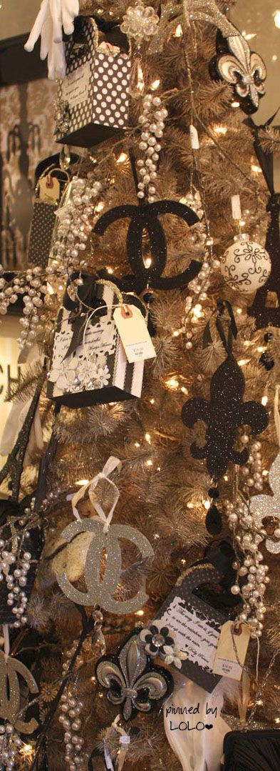 Chanel Tree at G.L.A.M   LOLO