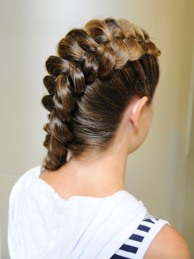 Красивая обратная коса на длинные волосы ::: onelady.ru ::: #hair #hairs #hairstyle #hairstyles