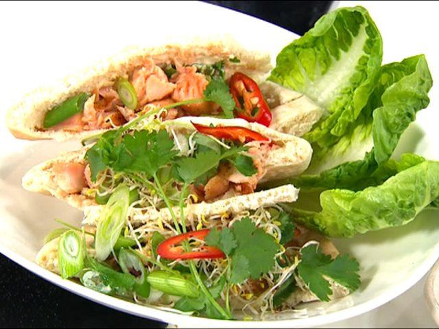 Amirs asiatiska tacos med lax eller fläskkarré (kock Amir Kheirmand)