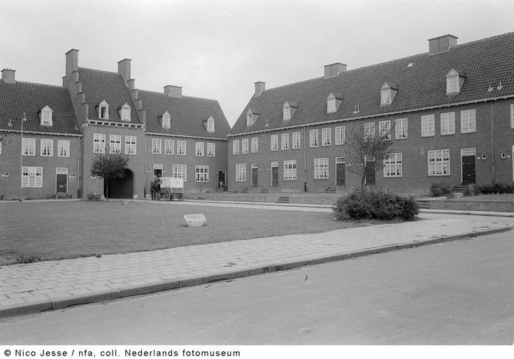 Mijnwerkerswoningen, Heerlen (1952-1953)