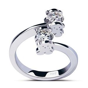 TOUS love this ring! ES ELEGANTE JUSTO PARA MI! ANILLO DE COMPROMISO