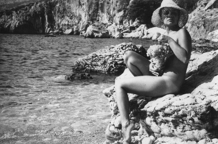 Zofia Komedowa w obiektywie Krzysztofa. Zdjęcie zrobione w Hvarze, w 1966 r. (fot. Krzysztof Komeda)