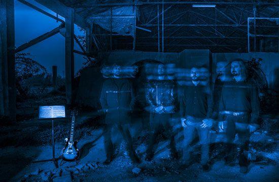 Blue Hour Ghosts - Nuove date live e lyric video!  Dopo l'uscita per Buil2Kill Records dell'album d'esordio, i Blue Hour Ghosts hanno intensificato la loro attività live, il cui calendario è in continuo aggiornamento.