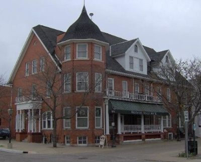 Historic Holly Hotel Mi The Kitchen Is Haunted By A Little Who D While Staying At
