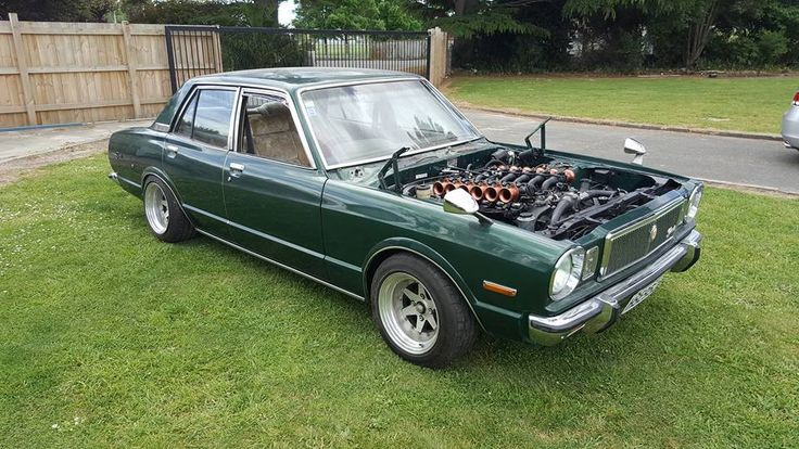 1979 Toyota Corona with a 5.0 L Toyota 1GZ-FE V12 and individual throttle bodies