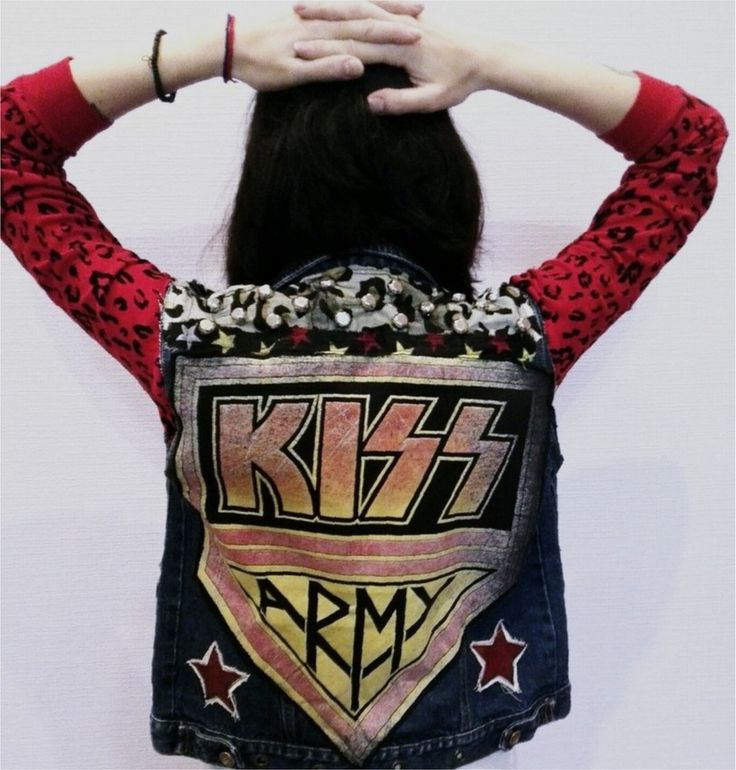 Image of Kiss punk vest
