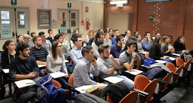 Intesa Sanpaolo a caccia di talenti all'Università