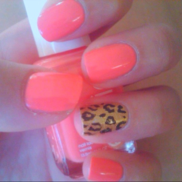 Love the color: Cheetahs Nails, Nails Art, Nails Colors, Summer Nails, Parties Nails, Leopards Prints, Animal Prints, Leopards Nails, Cheetahs Prints
